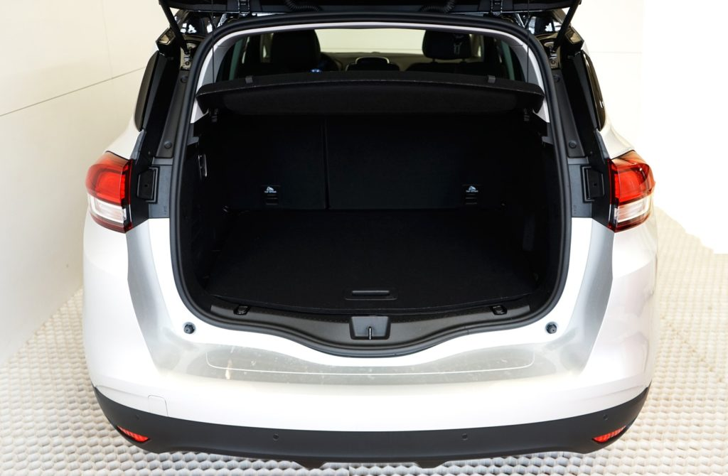 mycar-braine-lalleud-voitures-doccasion-renault-scenic-bose-blanche7