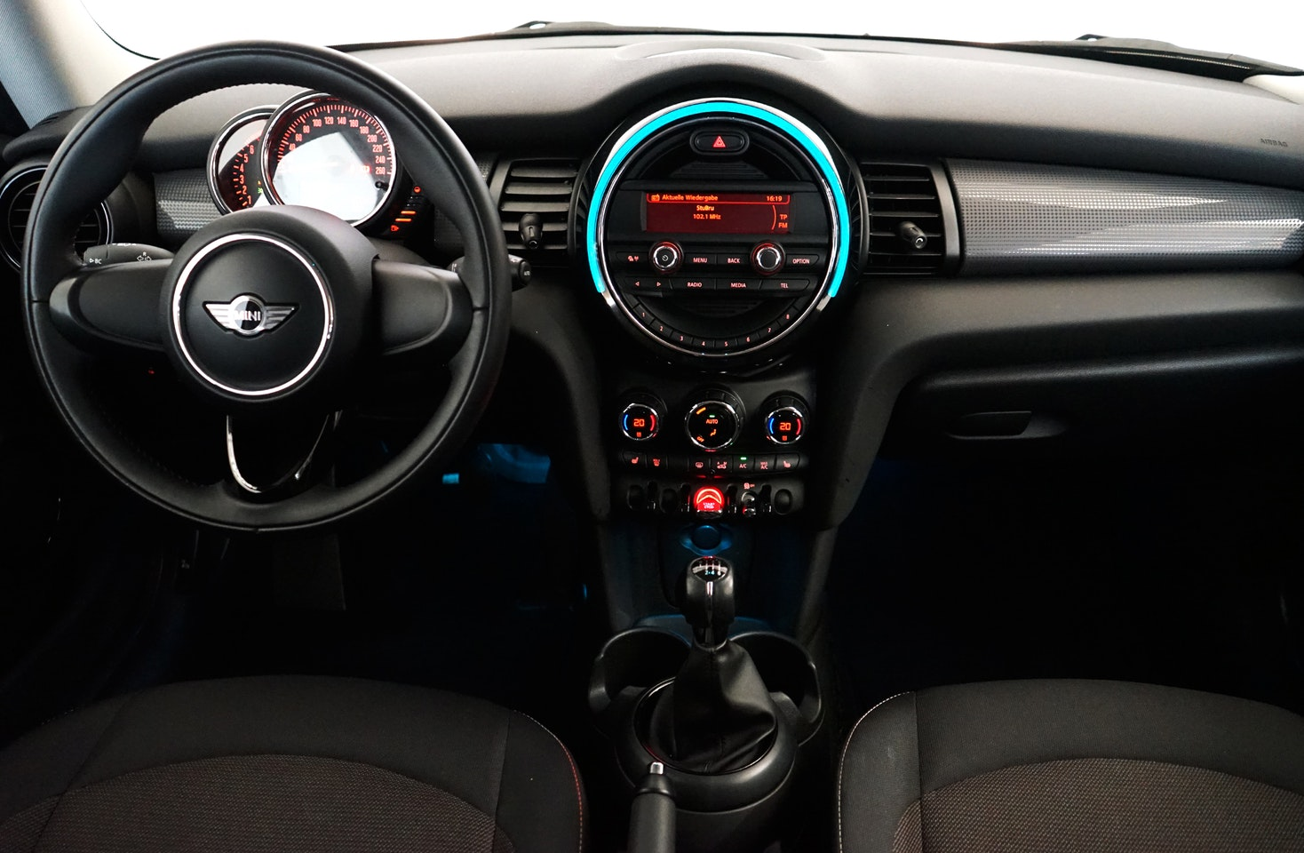mycar-braine-lalleud-voitures-occasion-mini-cooper-one-first-10