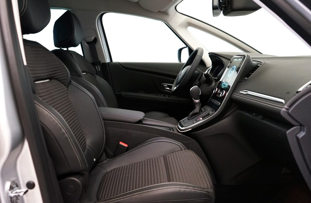 mycar-braine-lalleud-voitures-doccasion-renault-scenic-bose-blanche9