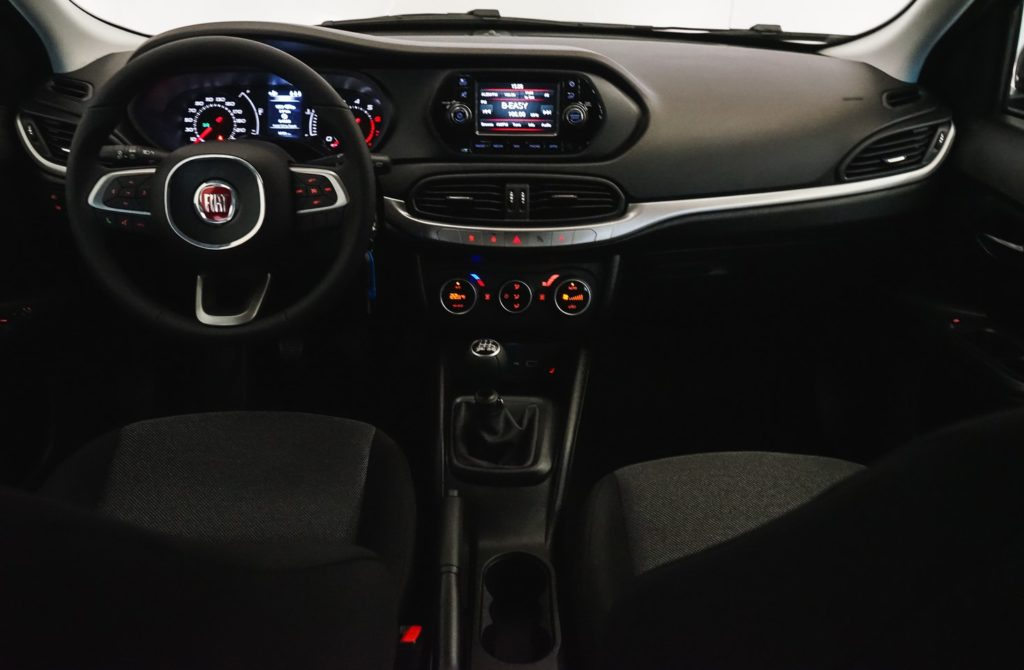 mycar-braine-lalleud-voitures-occasions-fiat-tipo-sw-family-pack-navi-grise-11